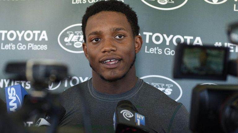 New York Jets outside linebacker Darron Lee answers