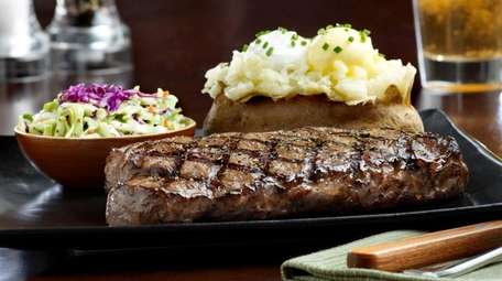 Tony Roma's, Commack: Bad news for carnivores. The