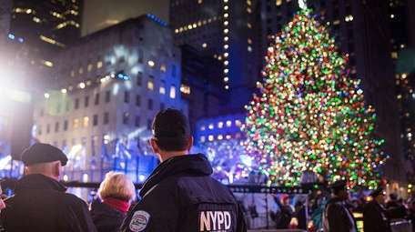 The Rockefeller Christmas tree lighting will force several