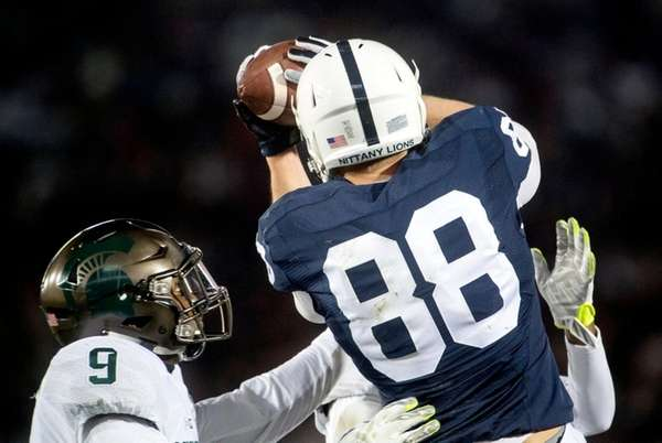 Penn State makes case for playoff spot by winning Big Ten