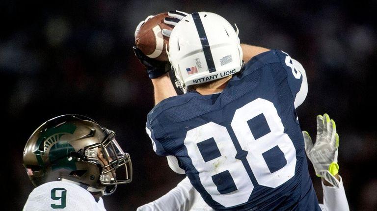 Penn State tight end Mike Gesicki makes a