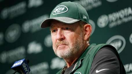 Jets offensive coordinator Chan Gailey says
