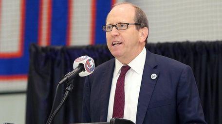 Islanders owner Jon Ledecky remembers Al Arbour during