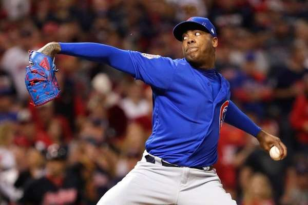 Aroldis Chapman #54 of the Chicago Cubs throws