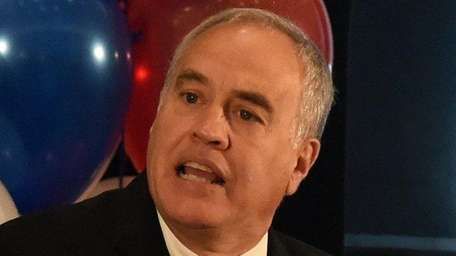 New York State Comptroller Thomas DiNapoli is shown