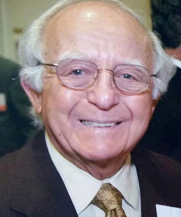 Dr. Herbert Chessin, a pioneer in obstetrics and
