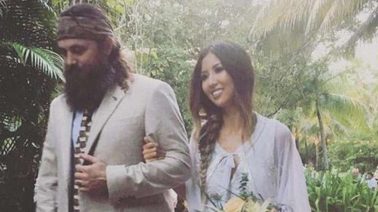 Willie Robertson walked Rebecca Lo Robertson down the