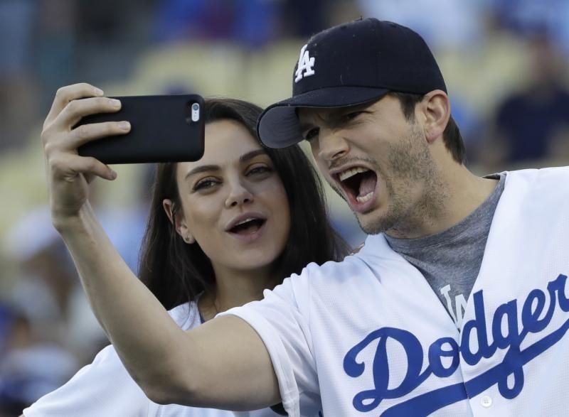 Parents: Mila Kunis and Ashton Kutcher Children: Dimitri,