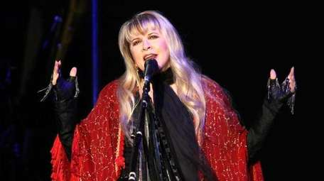 Stevie Nicks plays The Nikon at Jones Beach
