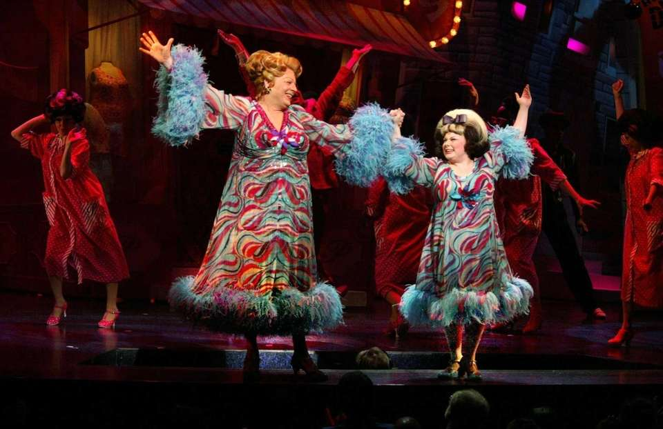 Michael McKEan as Edna Turnblad and Carly Jibson