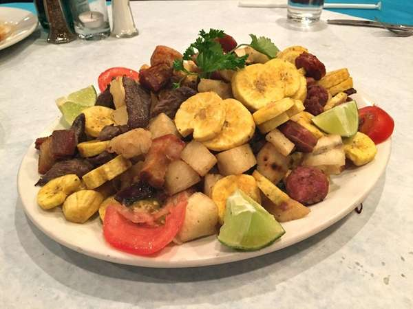 At Luna Cabana in East Meadow, the Colombian