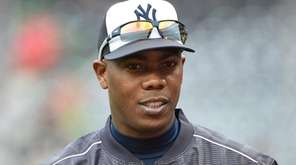 New York Yankees relief pitcher Aroldis Chapman looks