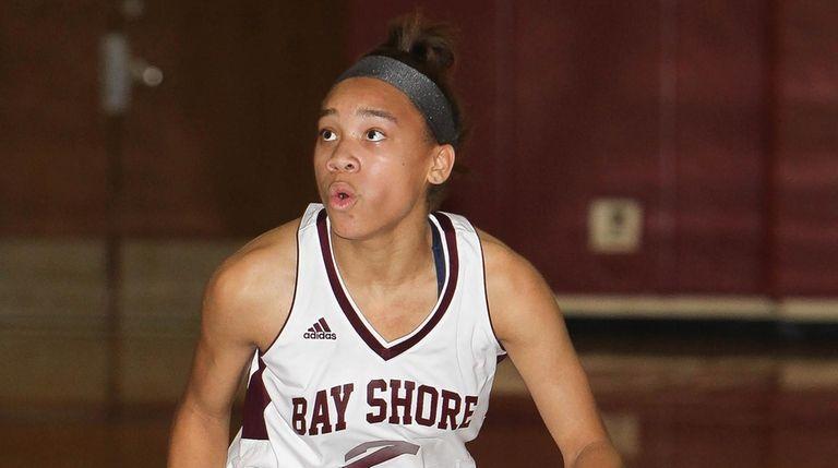 Bay Shore's Victoria Pearce (2) moves the ball