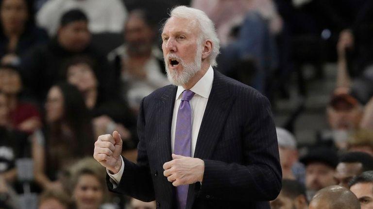 San Antonio Spurs head coach Gregg Popovich talks