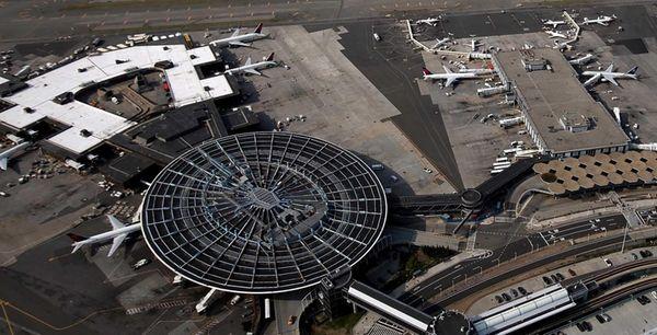 Lufthansa Airlines Flight 441 from Houston to Frankfurt,