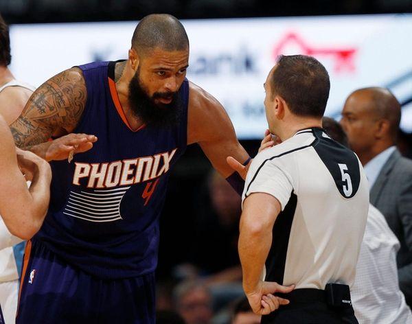 Phoenix Suns center Tyson Chandler, arguing with referee