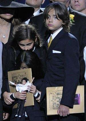 Paris Jackson, left, Prince Michael Jackson I and