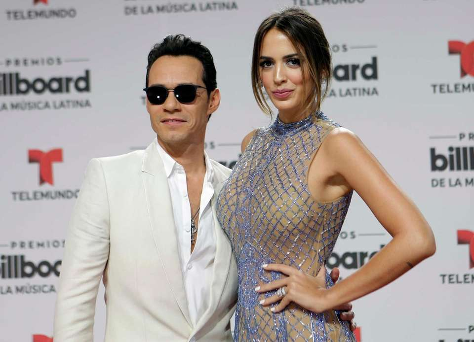 Marc Anthony and Shannon De Lima announced their