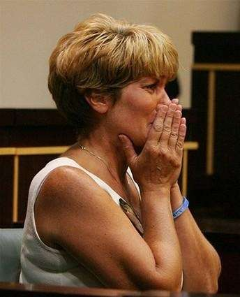 Cindy Anthony the mother of Casey Anthony reacts