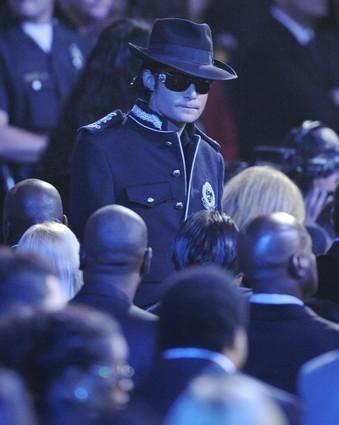 Actor Corey Feldman arrives to the memorial service
