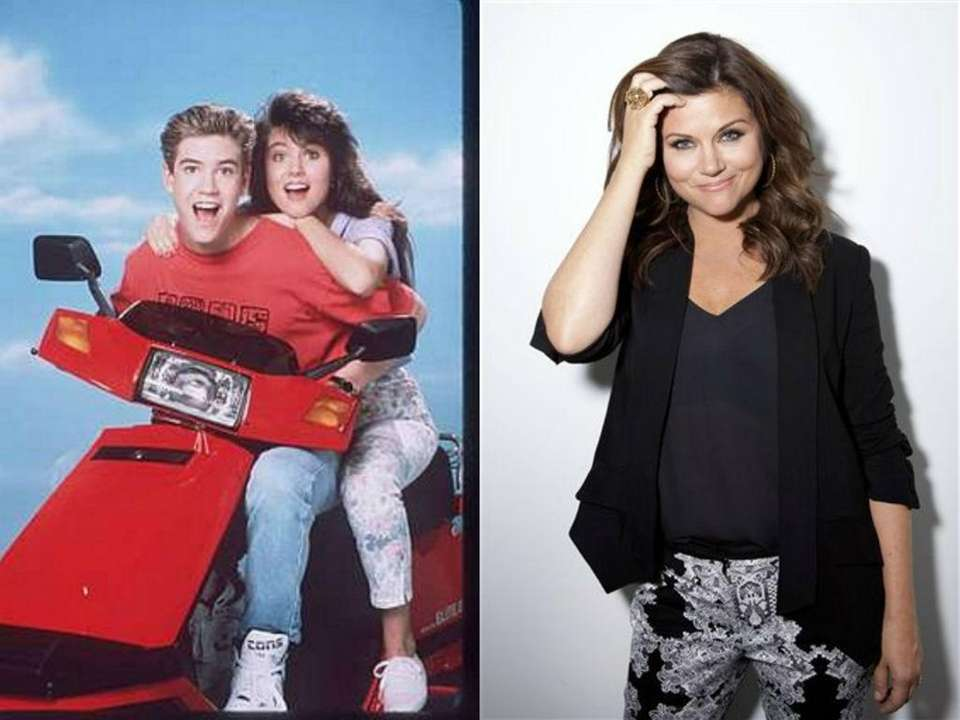Tiffani Thiessen as Kelly Kapowski in TV series