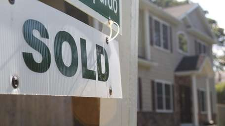 Home prices rose in Nassau and Suffolk counties