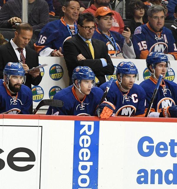 New York Islanders head coach Jack Capuano looks