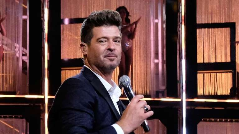Recording artist Robin Thicke performs during Spike TV's