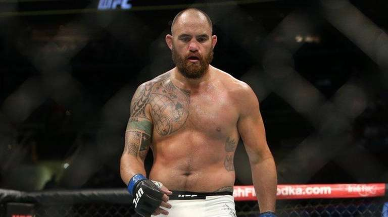 Travis Browne during his fight against Fabricio Werdum