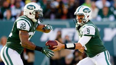 Bryce Petty of the New York Jets hands