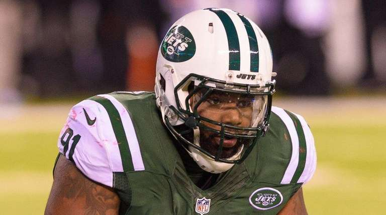 Jets defensive end Sheldon Richardson looks on during