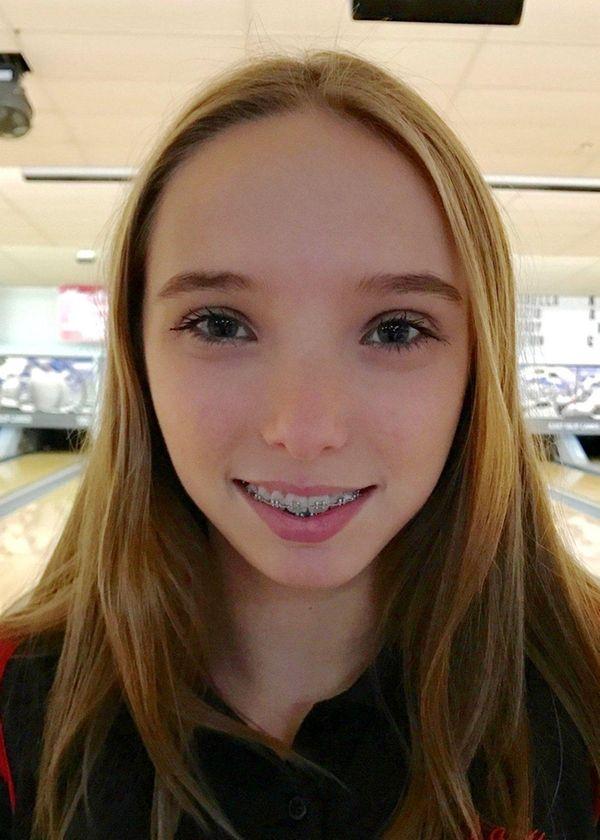 Julia Bocamazo from East Islip girls bowling.
