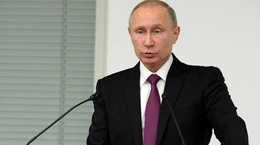 Russian President Vladimir Putin speaks to business leaders