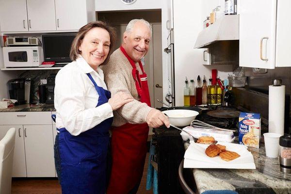 Doug and Ruth Klein make crabcake latkes in
