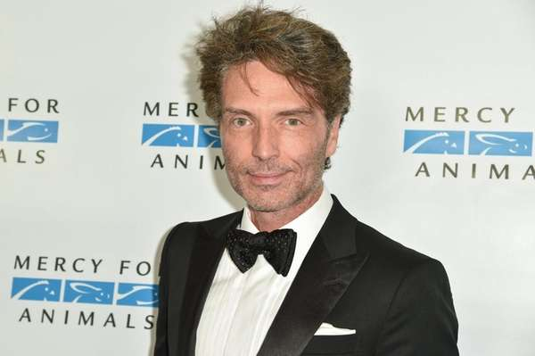 Richard Marx arrives at a charity event on