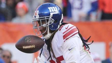 Janoris Jenkins breaks up a fourth-quarter pass intended