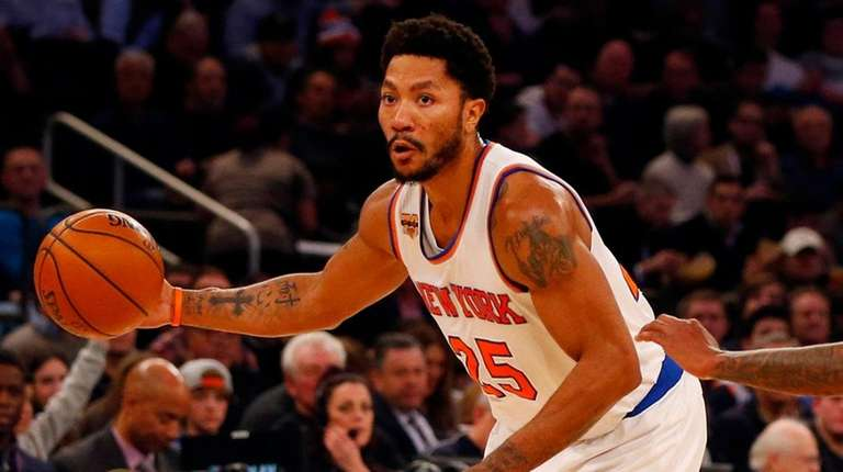 cef56bd9e61 Derrick Rose of the Knicks scored 24 points