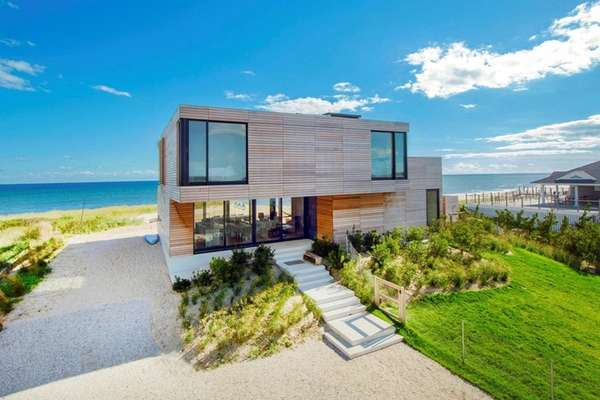 This beach house in Water Mill, on the