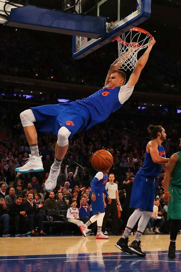 Kristaps Porzingis #6 of the New York Knicks