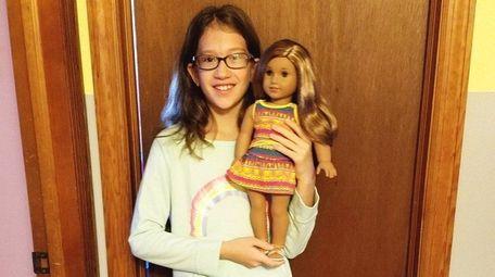 Kidsday reporter Shea Lavery with Lea Clark, American
