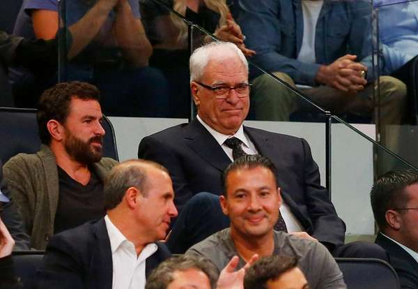 Phil Jackson calls off engagement to Jeanie Buss