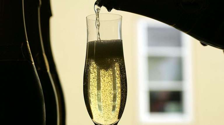 The best drinks to serve on New Year's