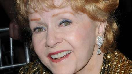 Debbie Reynolds may have had a stroke on