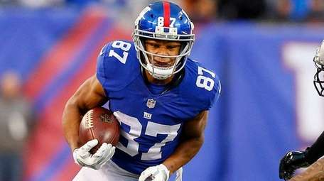 Sterling Shepard of the Giants runs after a