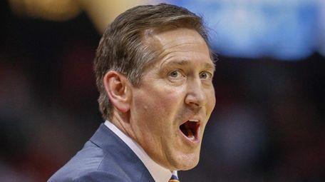 New York Knicks coach Jeff Hornacek reacts during
