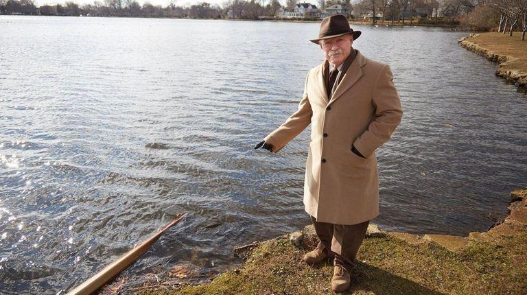 Babylon Mayor Ralph Scordino points out problems at