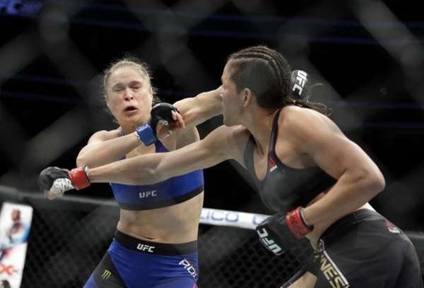 Ronda Rousey Reportedly Barely Sparred Leading Into UFC 207 Disaster