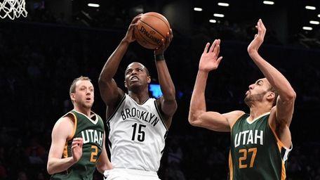 Utah Jazz center Rudy Gobert defends Brooklyn Nets