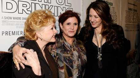 Actresses Debbie Reynolds, Carrie Fisher and Joely Fisher