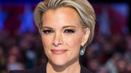 Fox News debate moderator Megyn Kelly waitfor the